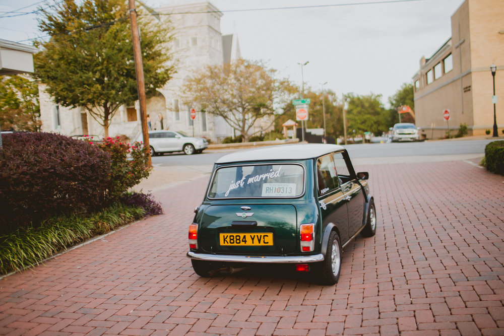 tia-bryce-the-brickyard-marietta-kelley-raye-atlanta-wedding-photographer-99.jpg