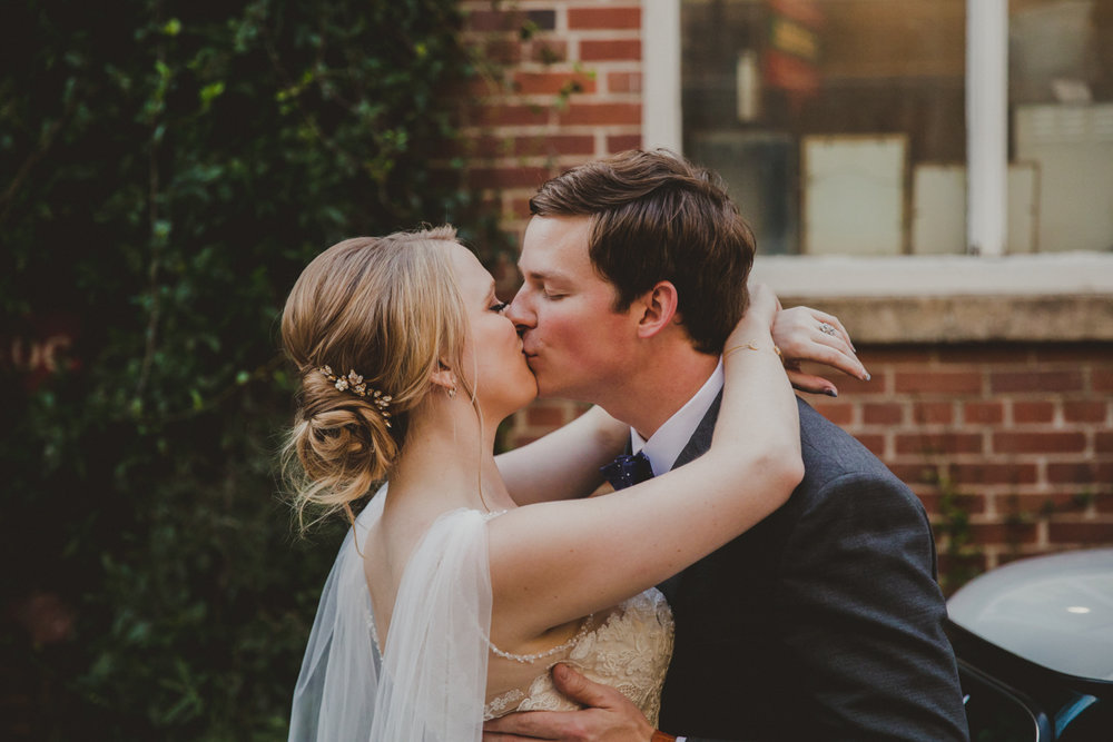 tia-bryce-the-brickyard-marietta-kelley-raye-atlanta-wedding-photographer-112.jpg