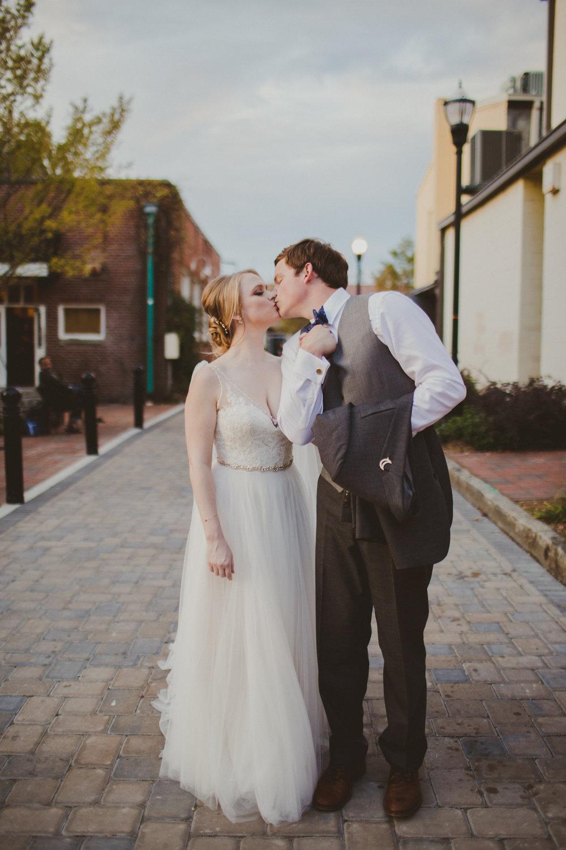tia-bryce-the-brickyard-marietta-kelley-raye-atlanta-wedding-photographer-117.jpg