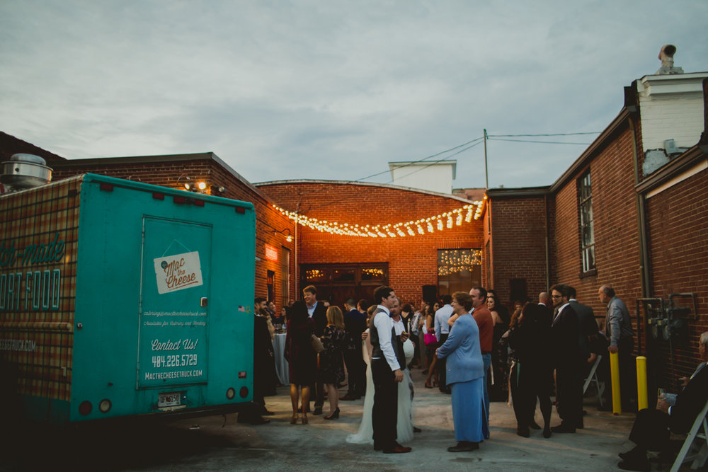 tia-bryce-the-brickyard-marietta-kelley-raye-atlanta-wedding-photographer-134.jpg