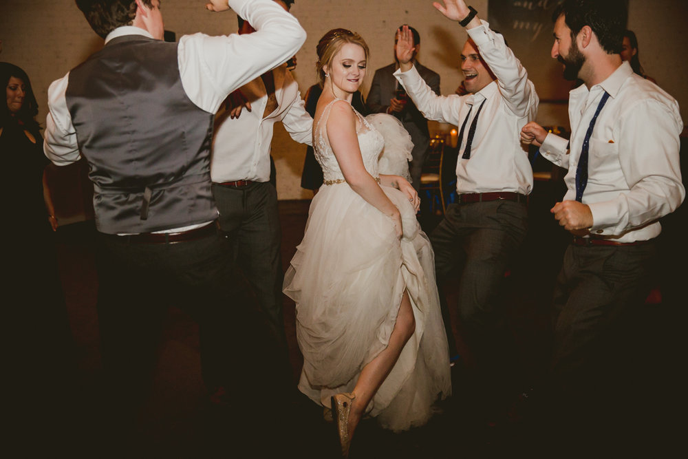 tia-bryce-the-brickyard-marietta-kelley-raye-atlanta-wedding-photographer-154.jpg