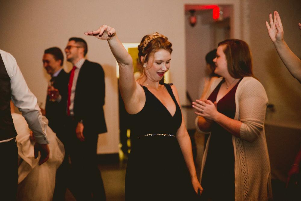 tia-bryce-the-brickyard-marietta-kelley-raye-atlanta-wedding-photographer-159.jpg