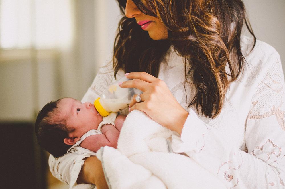 esmeralda-inhome-newborn-session-kelley-raye-atlanta-famlily-photographer-2.jpg