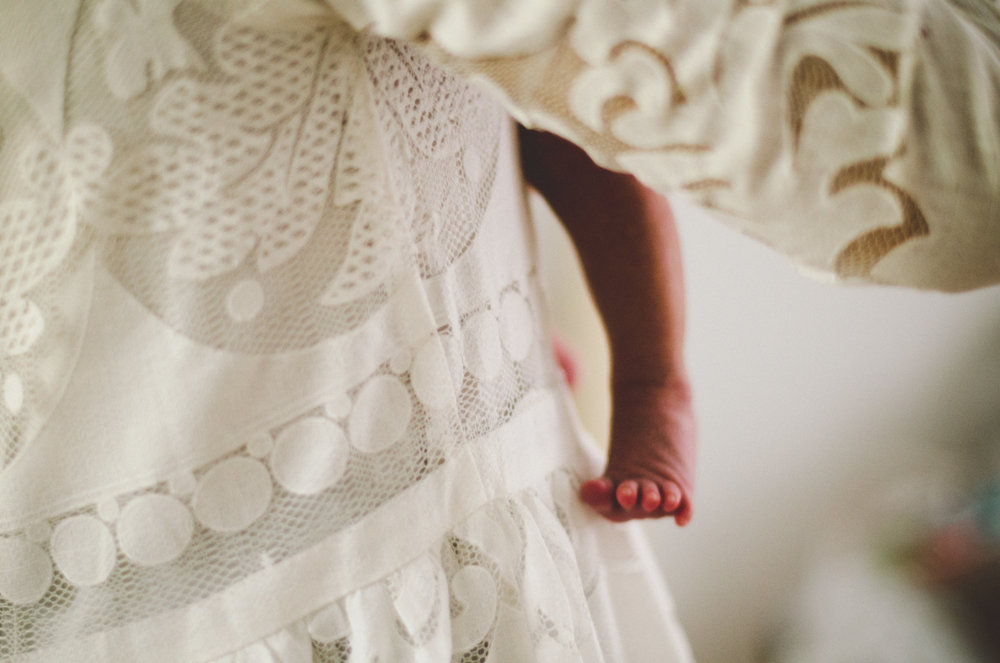 esmeralda-inhome-newborn-session-kelley-raye-atlanta-famlily-photographer-8.jpg