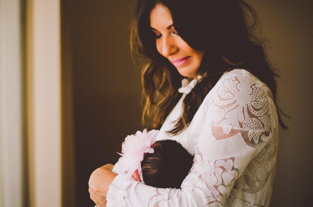 esmeralda-inhome-newborn-session-kelley-raye-atlanta-famlily-photographer-19.jpg