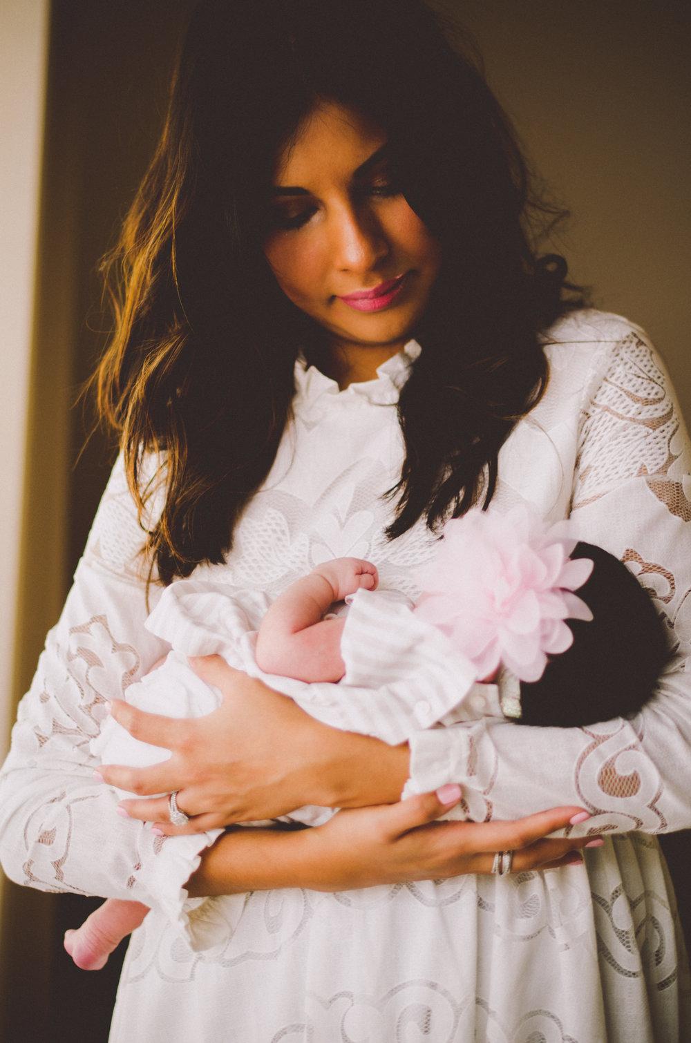 esmeralda-inhome-newborn-session-kelley-raye-atlanta-famlily-photographer-20.jpg