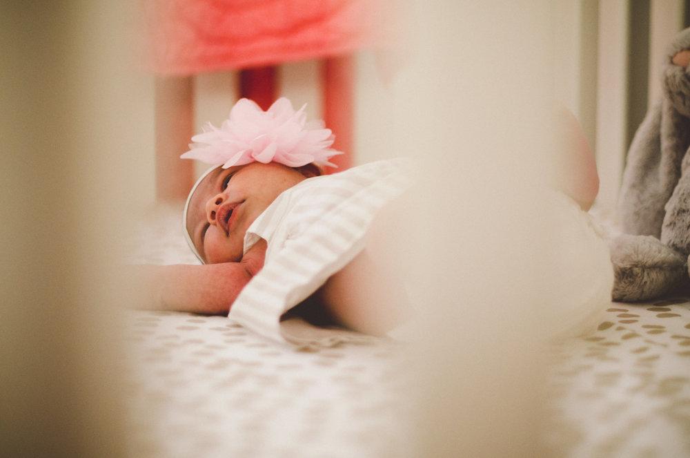 esmeralda-inhome-newborn-session-kelley-raye-atlanta-famlily-photographer-22.jpg