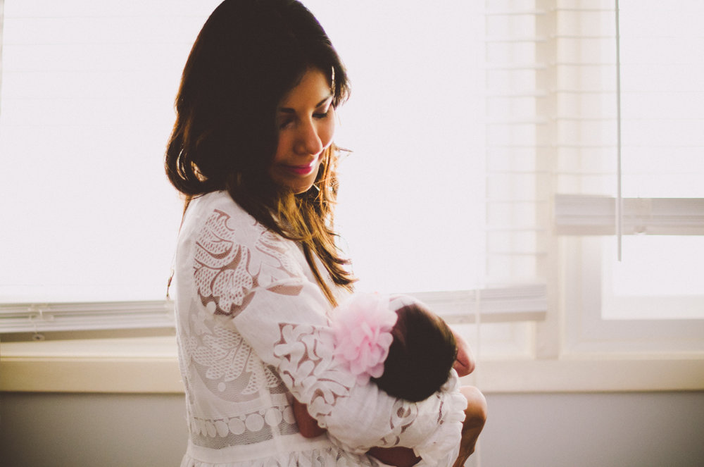 esmeralda-inhome-newborn-session-kelley-raye-atlanta-famlily-photographer-26.jpg