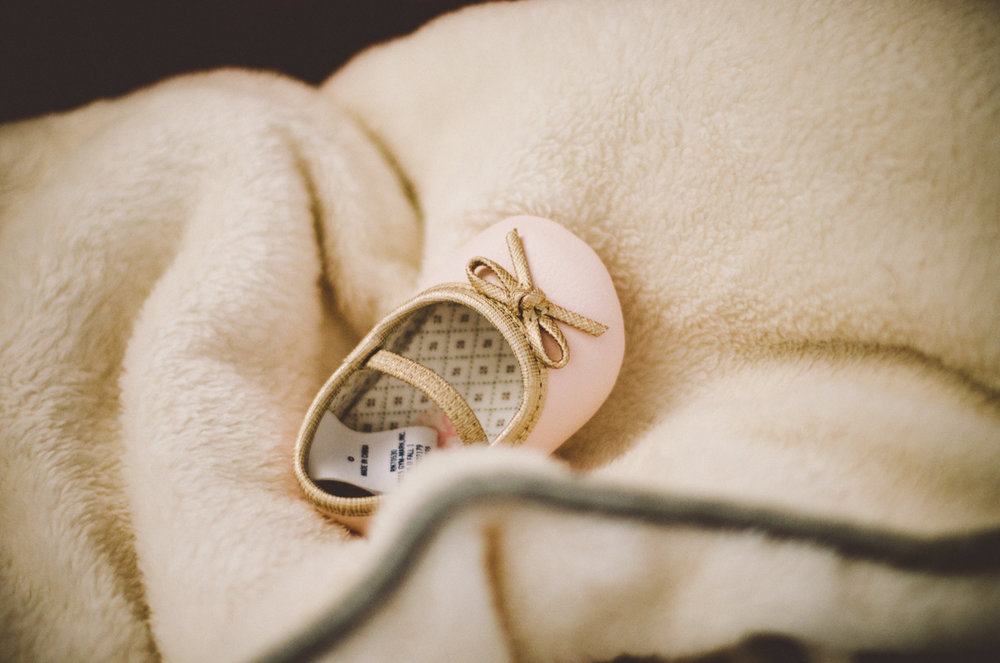 esmeralda-inhome-newborn-session-kelley-raye-atlanta-famlily-photographer-27.jpg