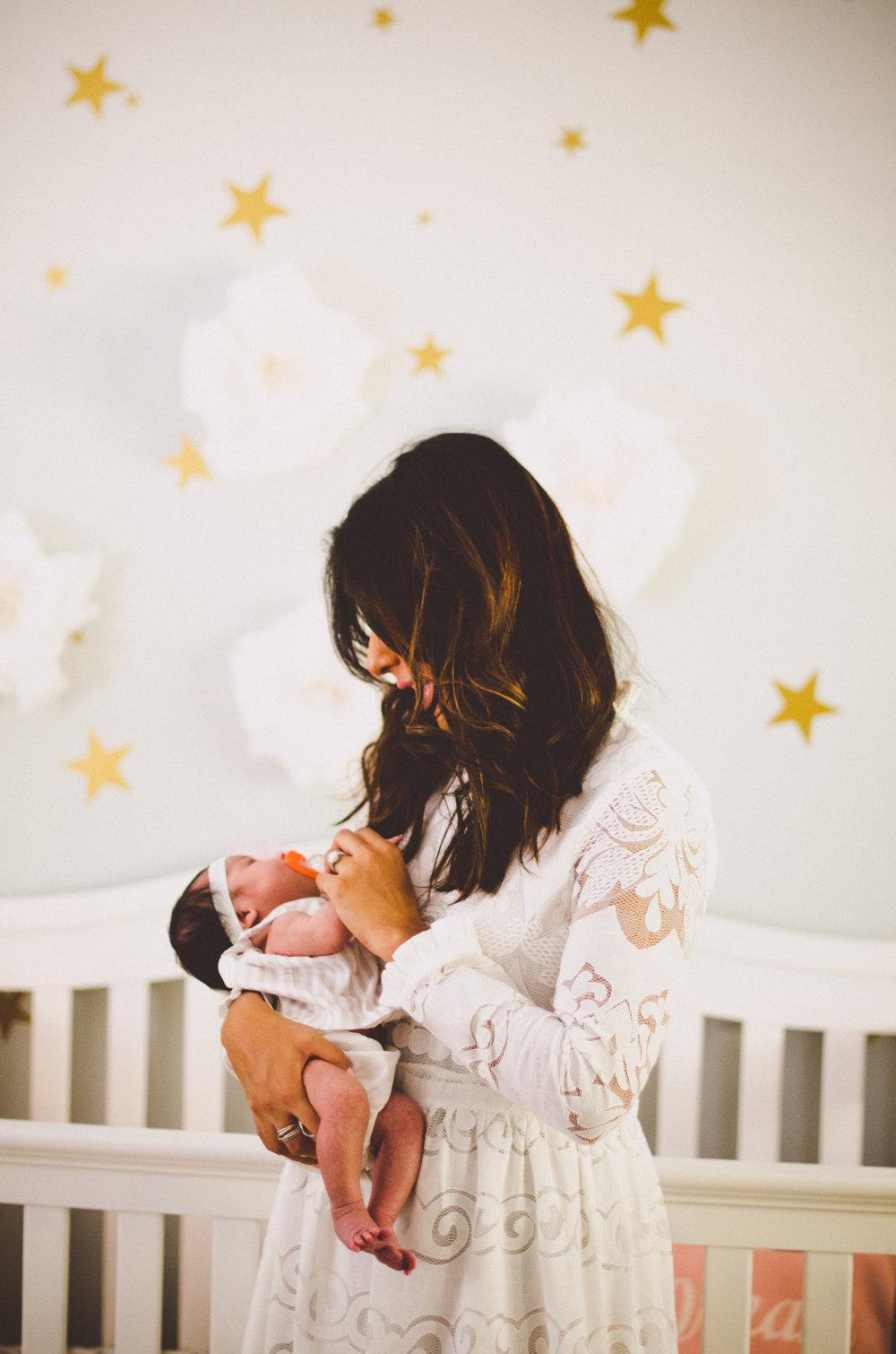 esmeralda-inhome-newborn-session-kelley-raye-atlanta-famlily-photographer-30.jpg