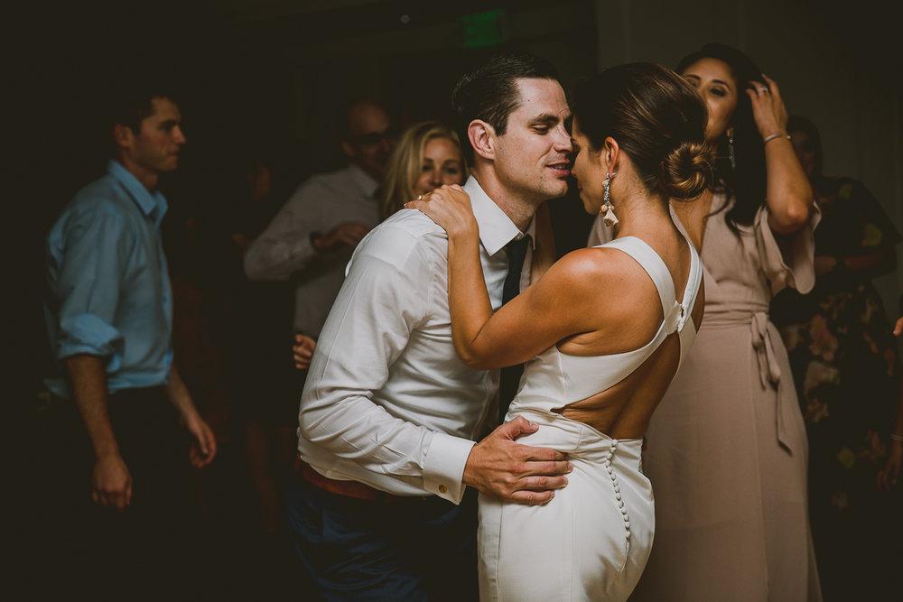 catalina-island-kelley-raye-los-angeles-wedding-photographer-77.jpg