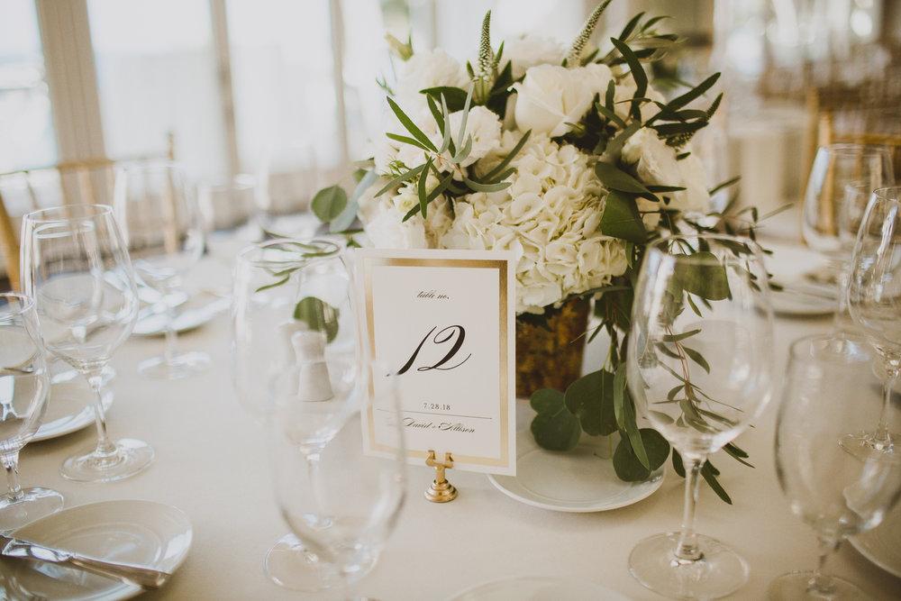 allison-david-catalina-island-kelley-raye-los-angeles-wedding-photographer-6.jpg