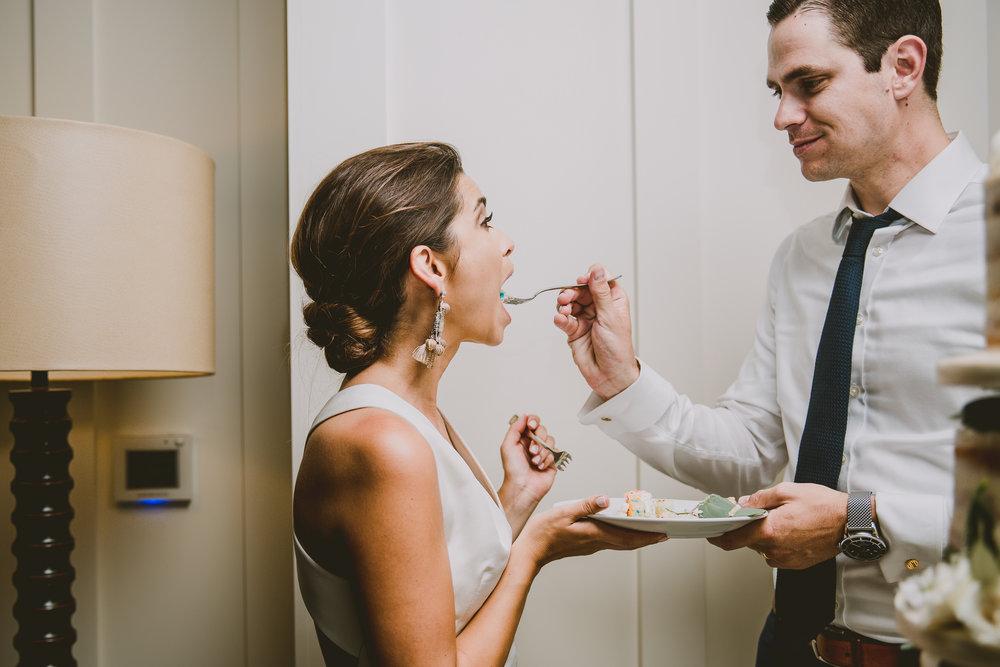allison-david-catalina-island-kelley-raye-los-angeles-wedding-photographer-11.jpg