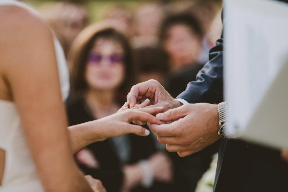 allison-david-catalina-island-kelley-raye-los-angeles-wedding-photographer-8-2.jpg