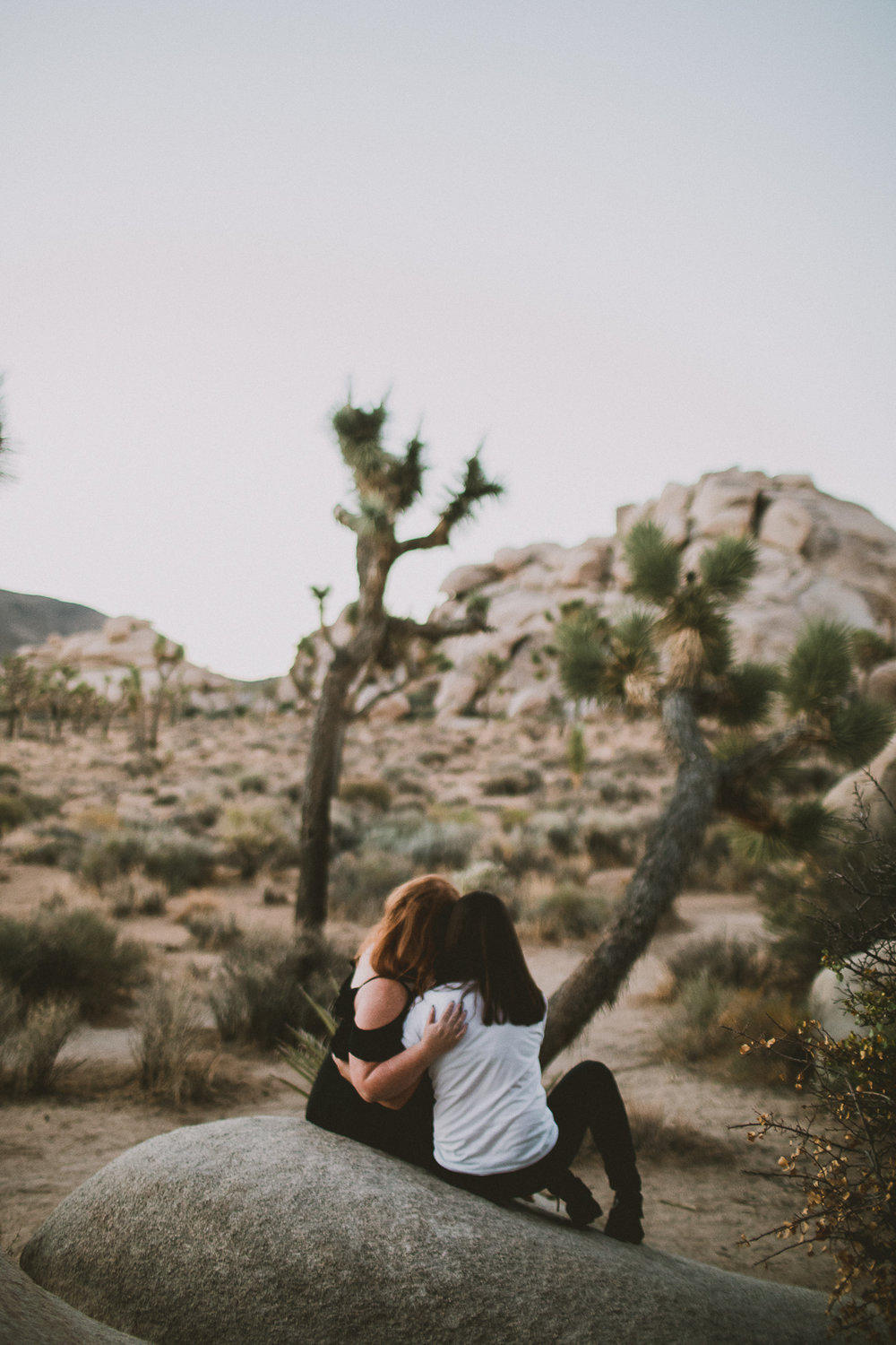 lindsay-andria-joshua-tree-engagement-kelley-raye-los-angeles-wedding-photographer-26.jpg