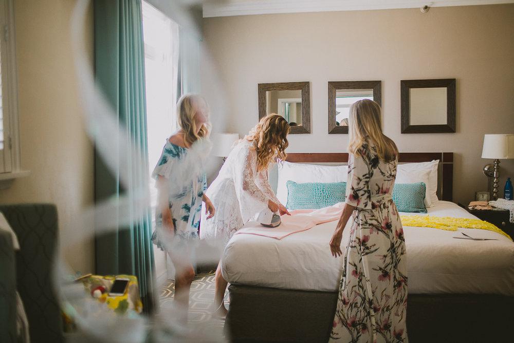 leah-jaron-adamson-house-malibu-kelley-raye-los-angeles-wedding-photographer-23.jpg