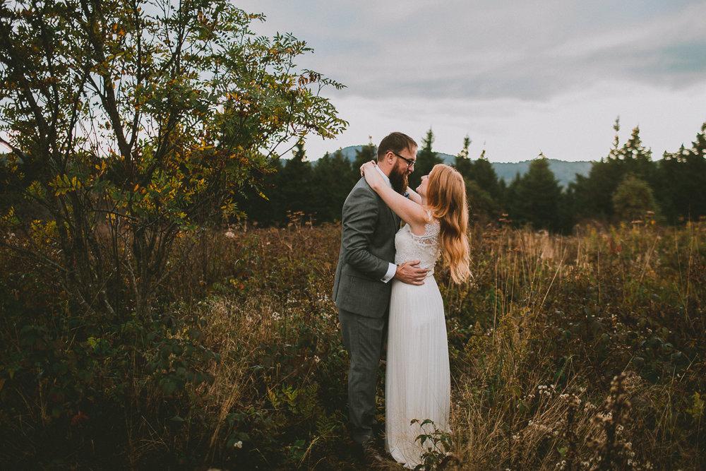 asheville-black-balsam-knob-intimate-wedding-kelley-raye-atlanta-wedding-photographer-34.jpg