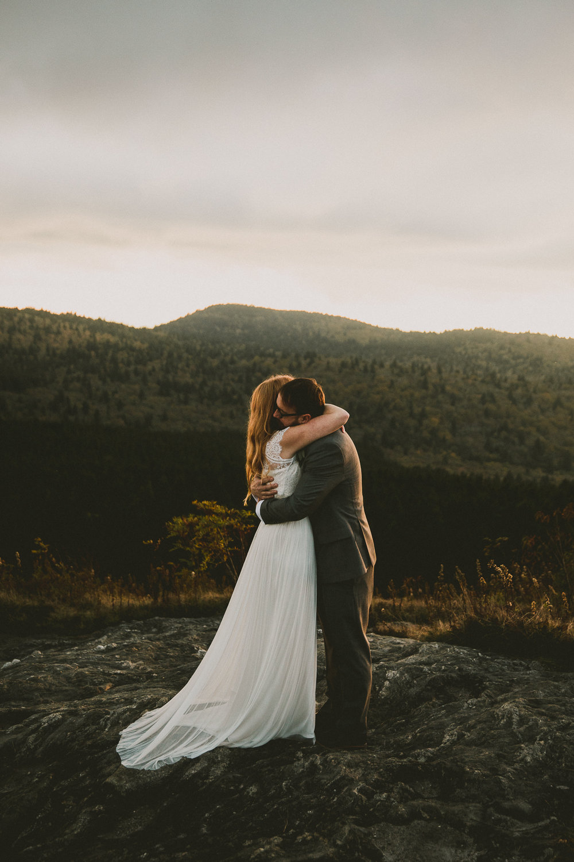 asheville-black-balsam-knob-intimate-wedding-kelley-raye-atlanta-wedding-photographer-44.jpg