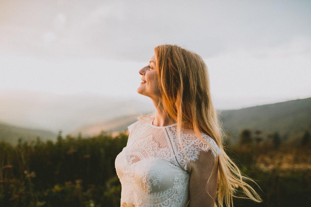 asheville-black-balsam-knob-intimate-wedding-kelley-raye-atlanta-wedding-photographer-47.jpg