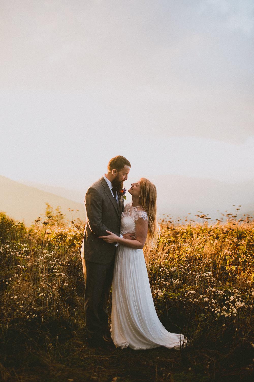 asheville-black-balsam-knob-intimate-wedding-kelley-raye-atlanta-wedding-photographer-54.jpg