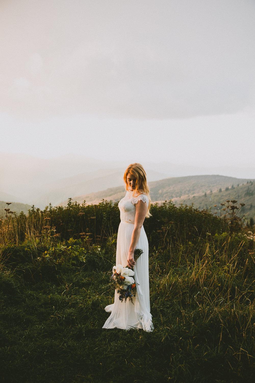 asheville-black-balsam-knob-intimate-wedding-kelley-raye-atlanta-wedding-photographer-58.jpg