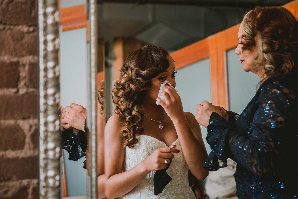 brittany-shaun-terminus-330-kelley-raye-atlanta-wedding-photographer-22.jpg
