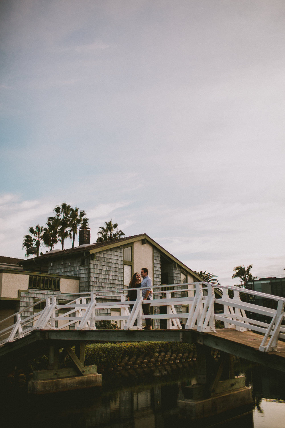 historic-venice-canals-beach-engagament-kelley-raye-los-angeles-wedding-photographer-2-2.jpg