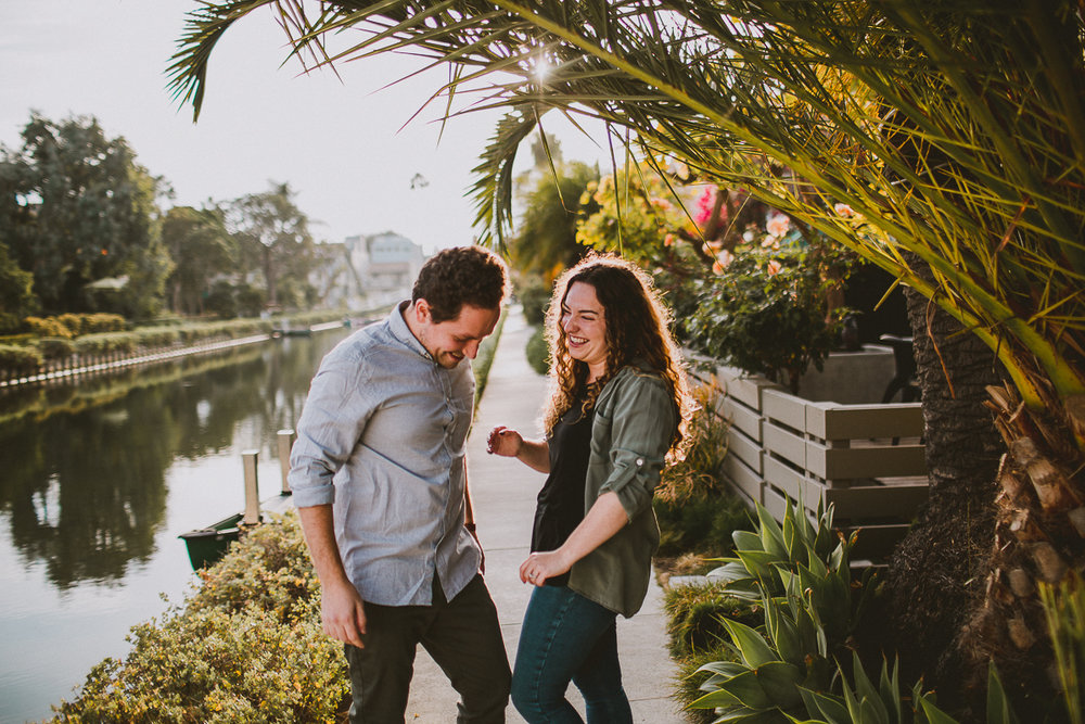 historic-venice-canals-beach-engagament-kelley-raye-los-angeles-wedding-photographer-2.jpg