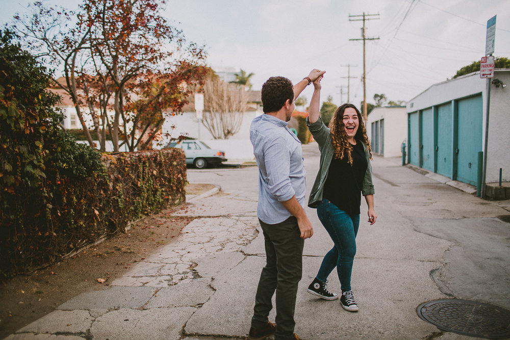 historic-venice-canals-beach-engagament-kelley-raye-los-angeles-wedding-photographer-5.jpg