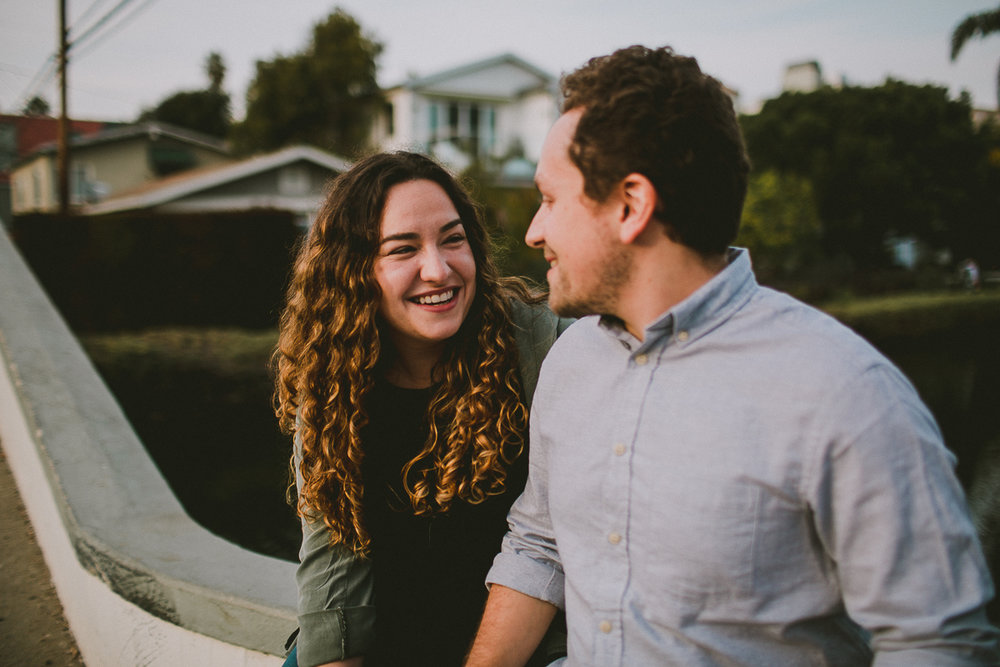 historic-venice-canals-beach-engagament-kelley-raye-los-angeles-wedding-photographer-11-2.jpg