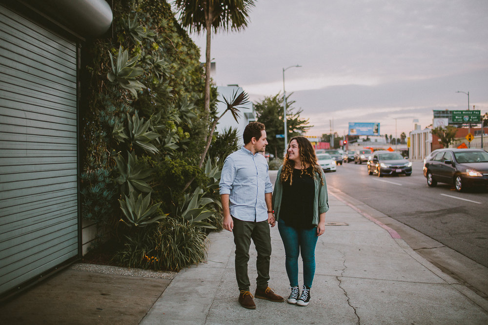 historic-venice-canals-beach-engagament-kelley-raye-los-angeles-wedding-photographer-15.jpg