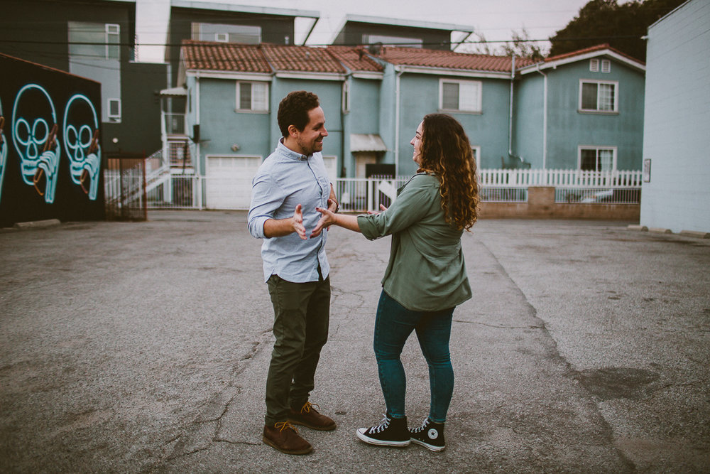 historic-venice-canals-beach-engagament-kelley-raye-los-angeles-wedding-photographer-17.jpg