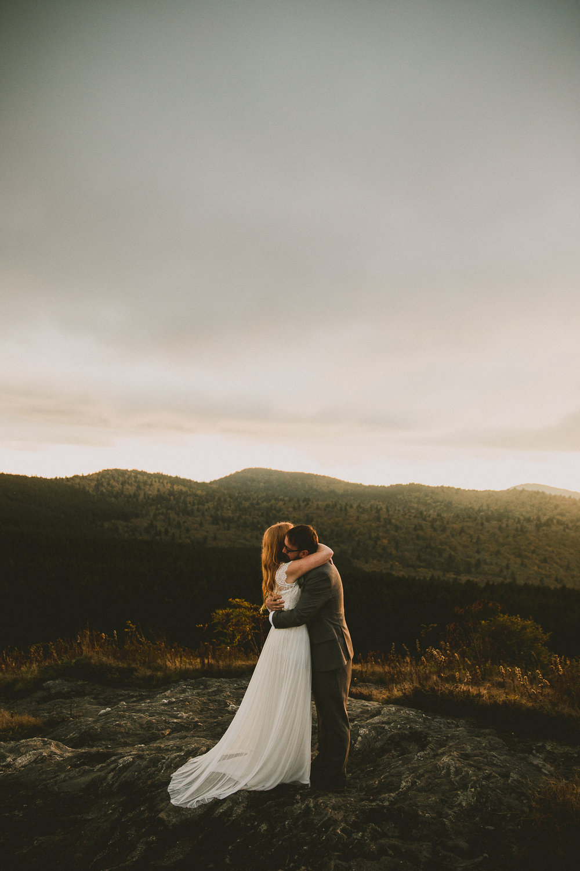 asheville-black-balsam-knob-intimate-wedding-kelley-raye-atlanta-wedding-photographer-45.jpg