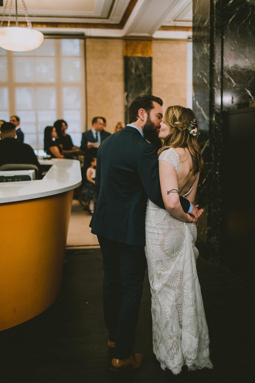 manhattan-city-hall-brooklyn-bridge-kelley-raye-los-angeles-wedding-photographer-53.jpg