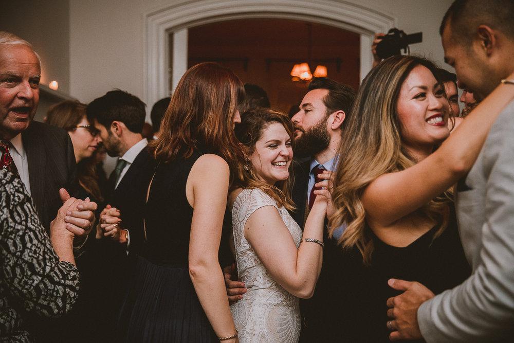 manhattan-city-hall-brooklyn-bridge-kelley-raye-los-angeles-wedding-photographer-150.jpg