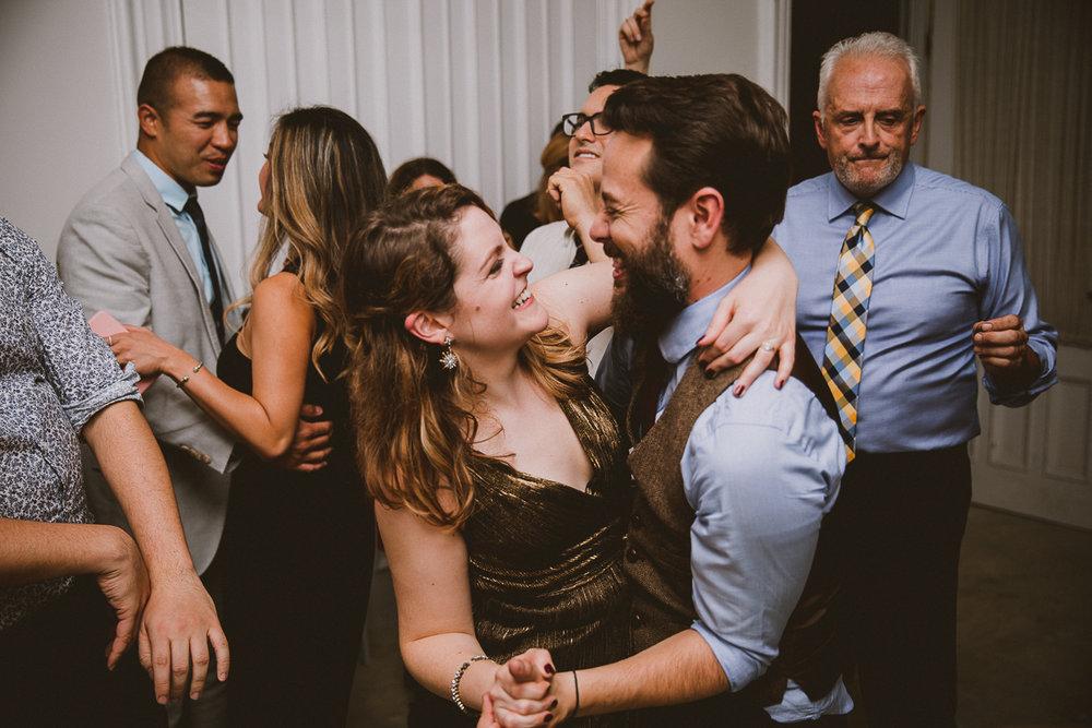 manhattan-city-hall-brooklyn-bridge-kelley-raye-los-angeles-wedding-photographer-192.jpg
