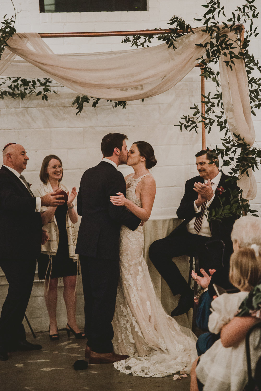 upstairs-atlanta-kelley-raye-atlanta-wedding-photographer-113.jpg