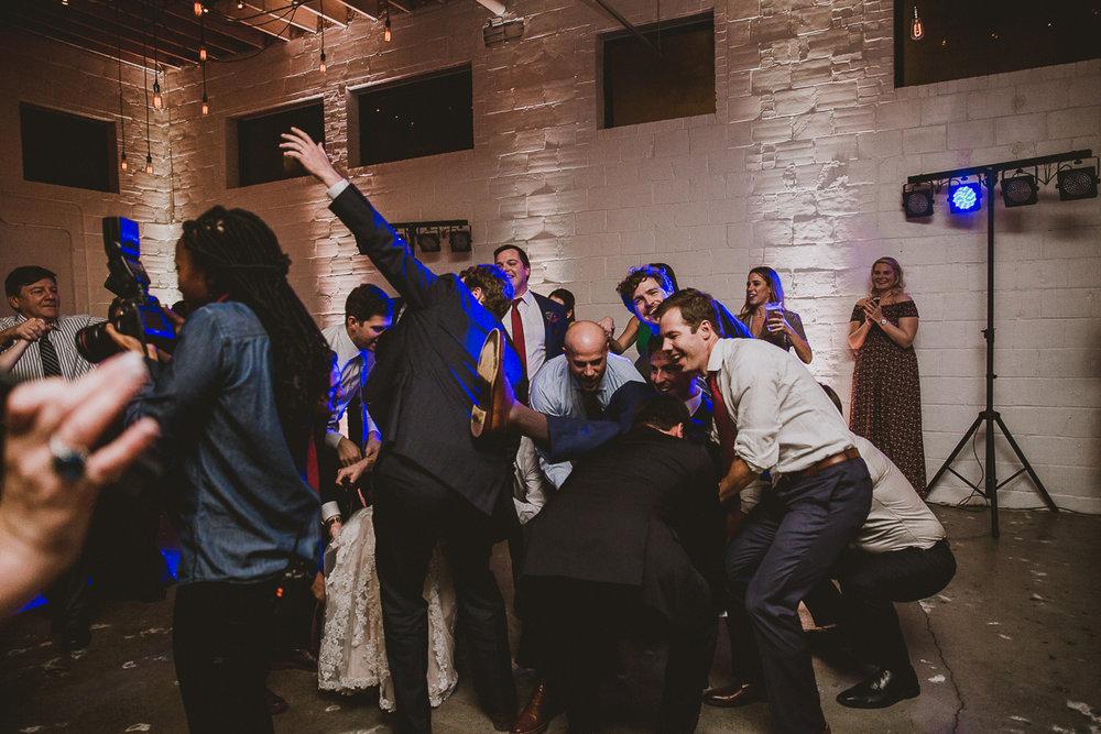 upstairs-atlanta-kelley-raye-atlanta-wedding-photographer-143.jpg