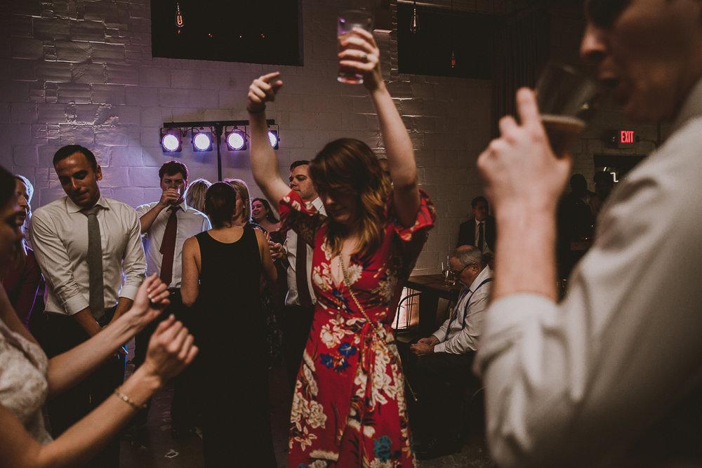 upstairs-atlanta-kelley-raye-atlanta-wedding-photographer-176.jpg