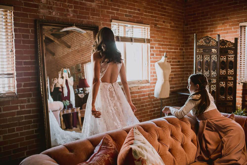 carondelet-house-kelley-raye-los-angeles-wedding-photographer-15.jpg
