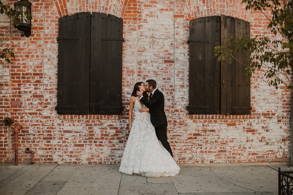 carondelet-house-kelley-raye-los-angeles-wedding-photographer-51.jpg