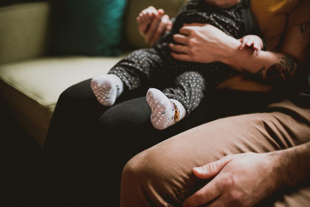 inhome-family-session-kelley-raye-los-angeles-lifestyle-photographer-27.jpg