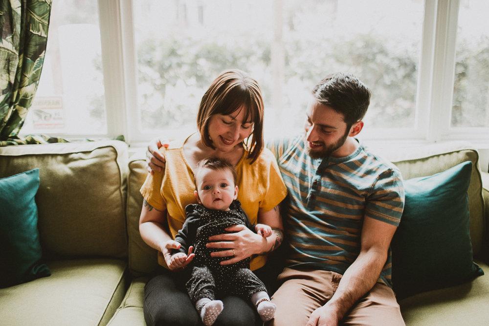 inhome-family-session-kelley-raye-los-angeles-lifestyle-photographer-29.jpg