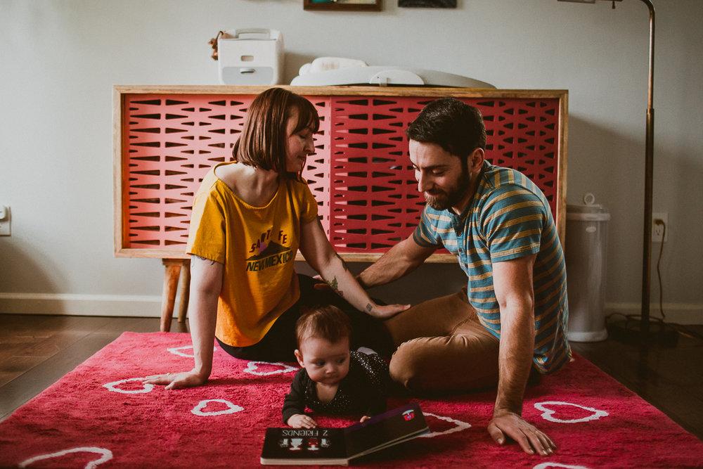 inhome-family-session-kelley-raye-los-angeles-lifestyle-photographer-112.jpg