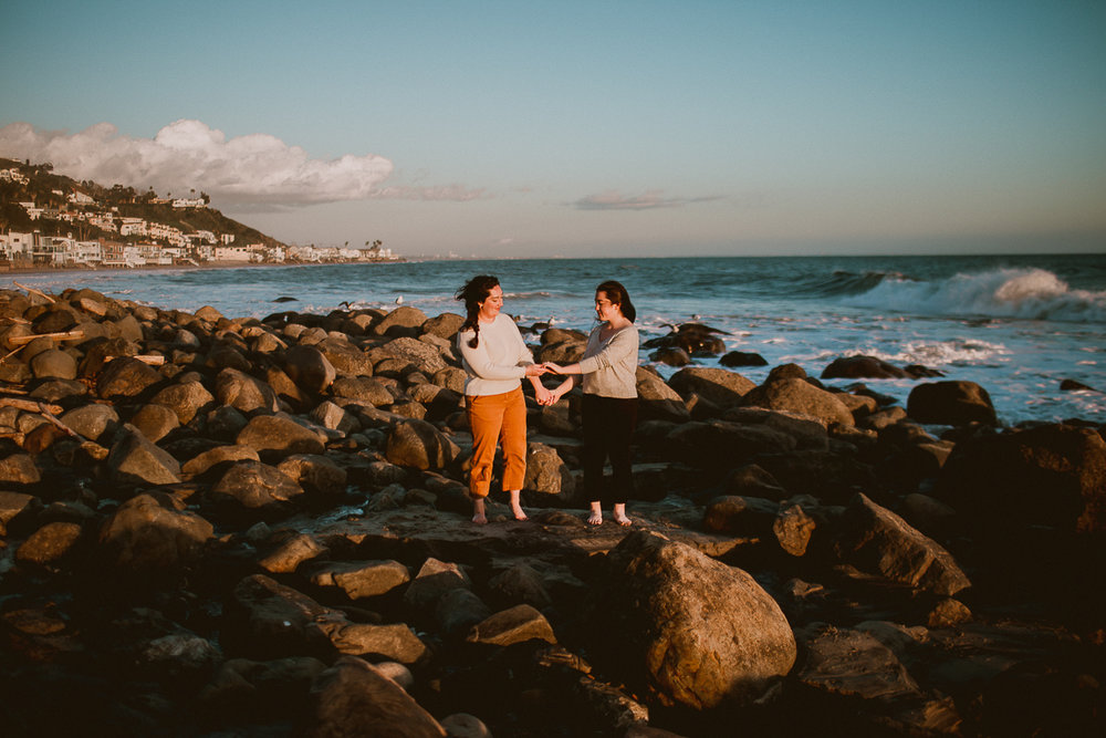 malibu-carbon-beach-engagement-session-kelley-raye-los-angeles-lifestyle-photographer-62.jpg