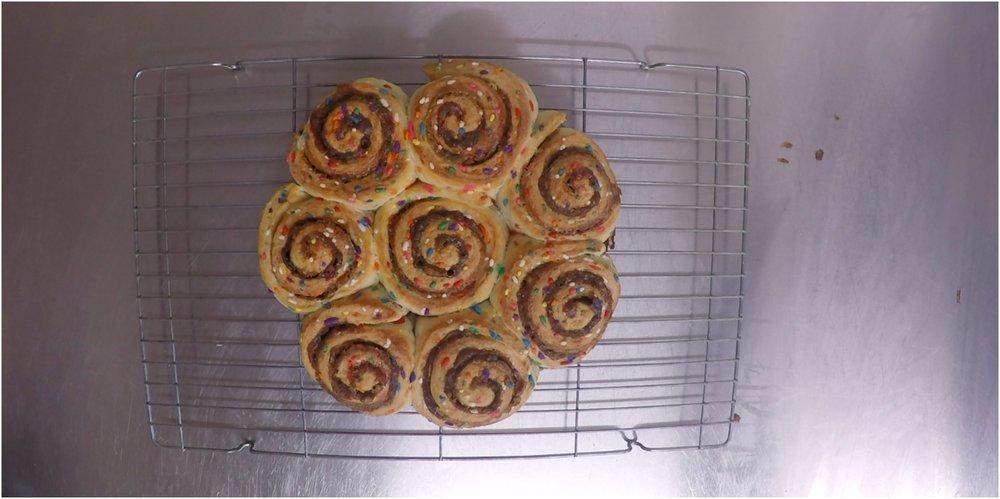 Funfetti Birthday Cinnamon Rolls