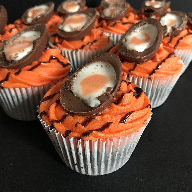 Creme Egg Cupcakes #baking #easter #cremeegg