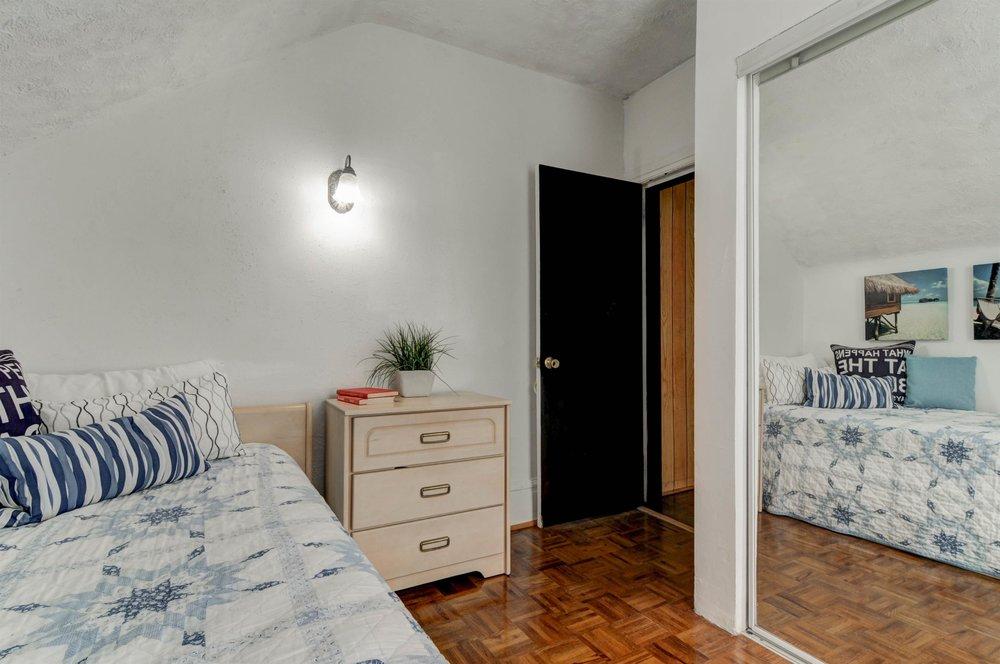 Bedroom3-2.jpg