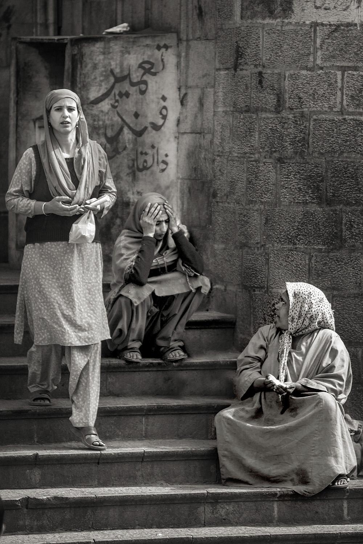 ig2 ••BW 3 muslim women kashmir 1_MG_1683.jpg