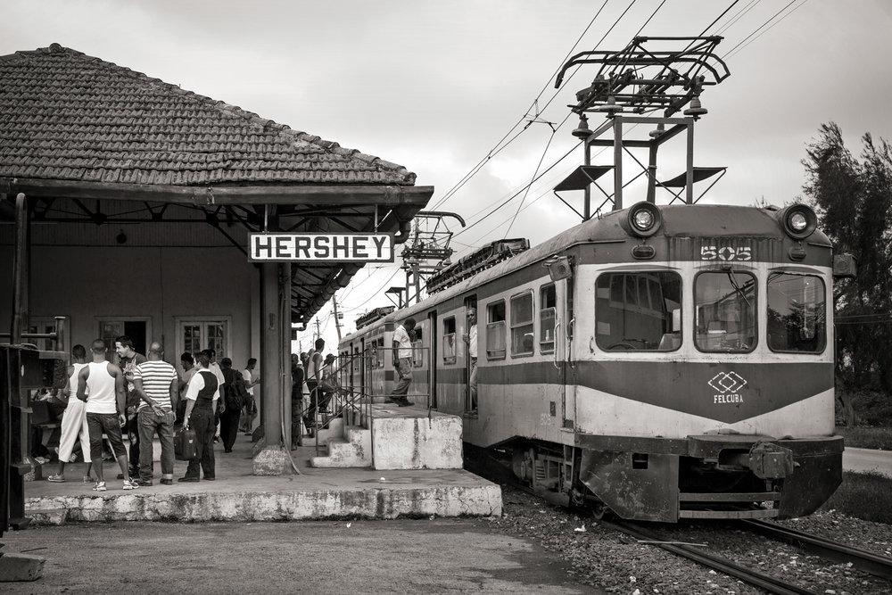 16 ••BW Train in Station Hershey1_G1A0122.jpg
